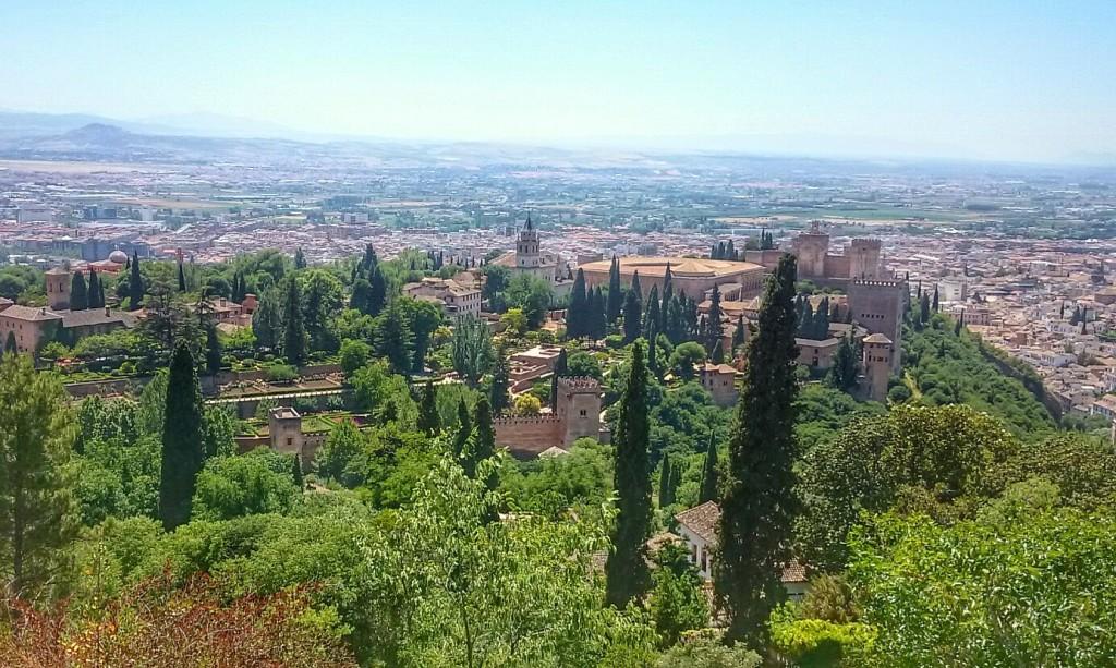 Widok na Alhambrę z Silla del Moro