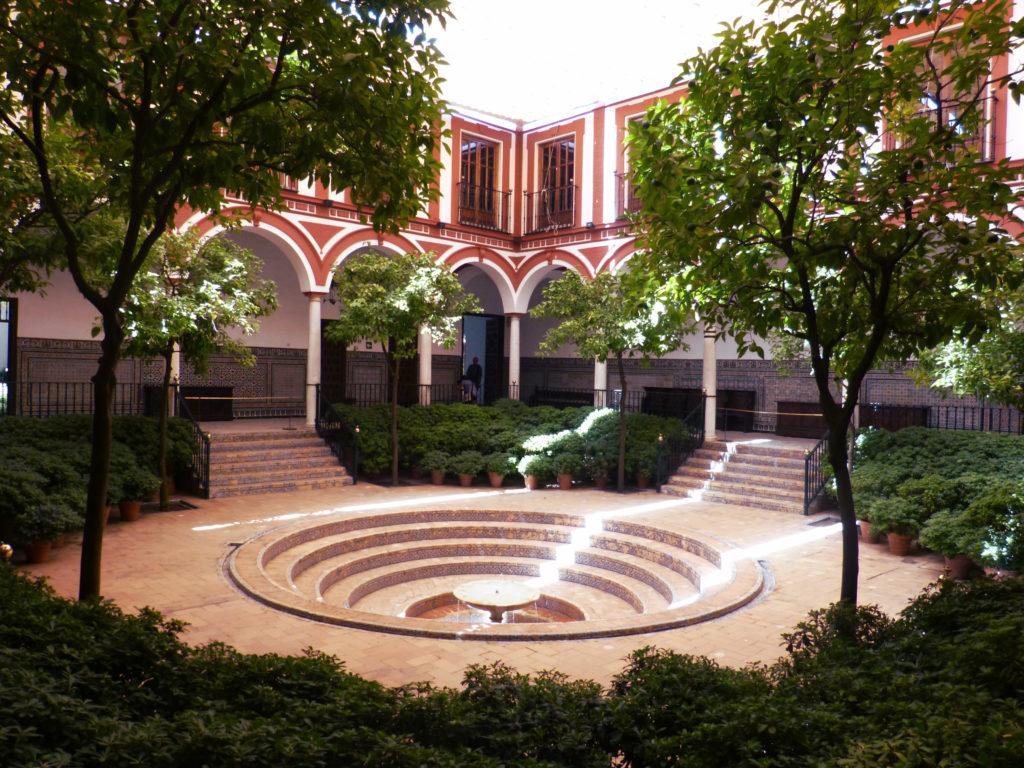 Hospital de los Venerables - główne patio